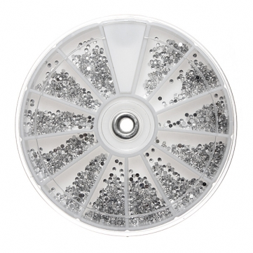 Silver Diamonte Nail Art Wheel €6