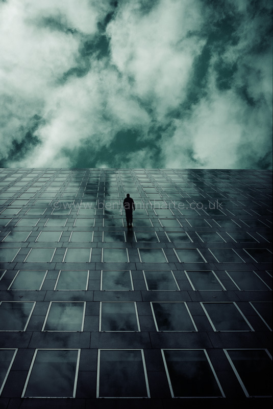 Last-man-standing-©www.benjaminharte.co.uk
