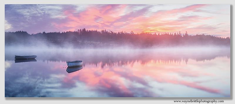 Loch-Rusky--Dawn-Mist---Pano