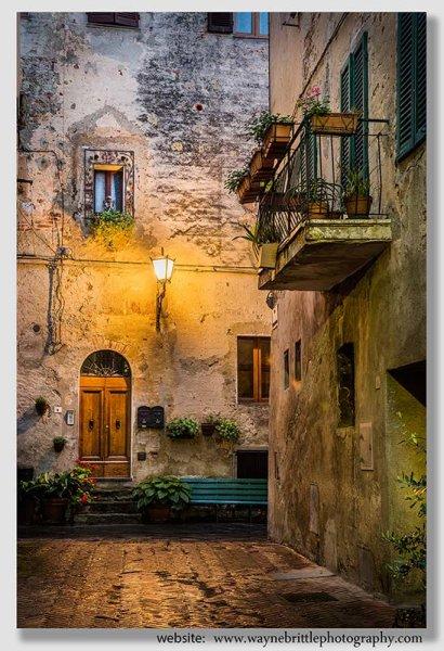 Pienza Street - W5DSR1126