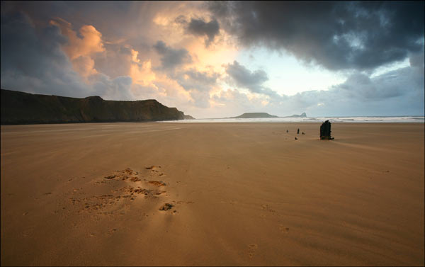Rhossili Bay and the remains of the shipwreck the Helvitia - SWS011