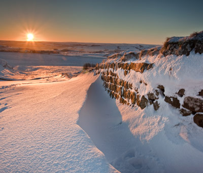 Sunrise and Snowdrifts on Hadrians Wall - Northumberland NS8068