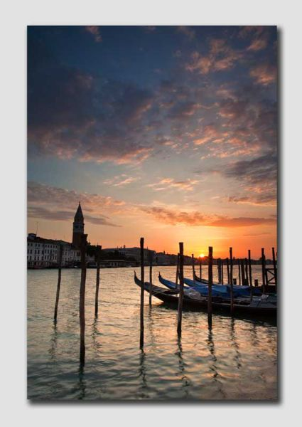 Sunrise over Venice - V5942