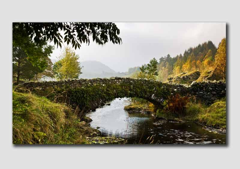 Wanenlath Bridge in Autumn - LS029