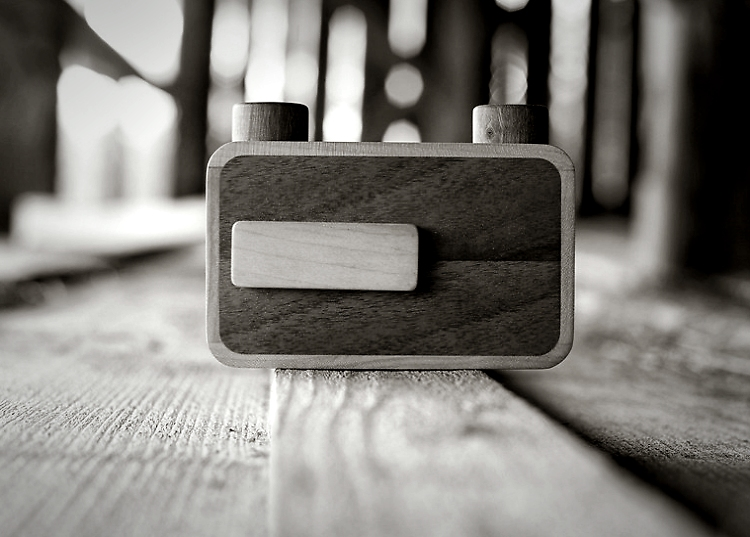ONDU Medium Format Wooden Pinhole Camera (2013)