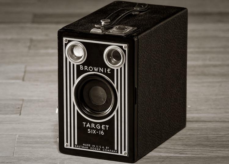 Kodak Brownie Target Six-16 (1944)