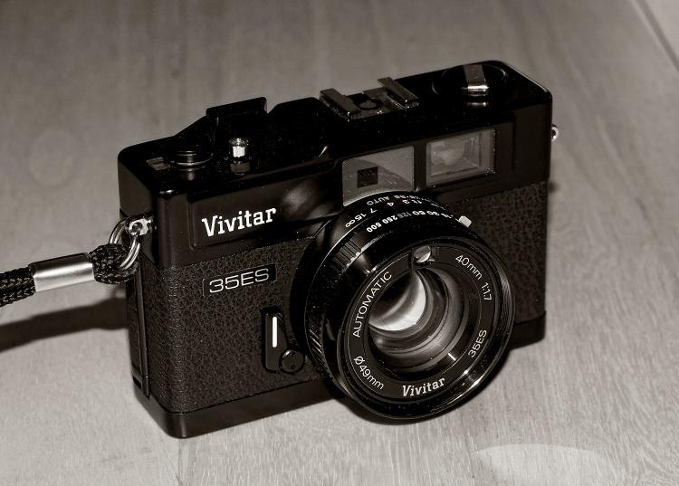 Vivitar 35es rangefinder (1978)