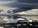 Antarctic Light 10