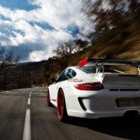 Porsche 911 GT3RS 4 cover shot
