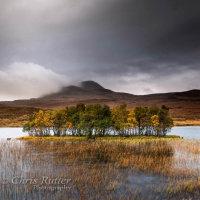 The Autumn island Assynt