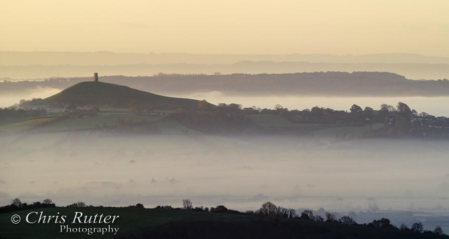 glastonbury tor mist