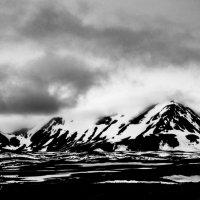 mountain iceland bw