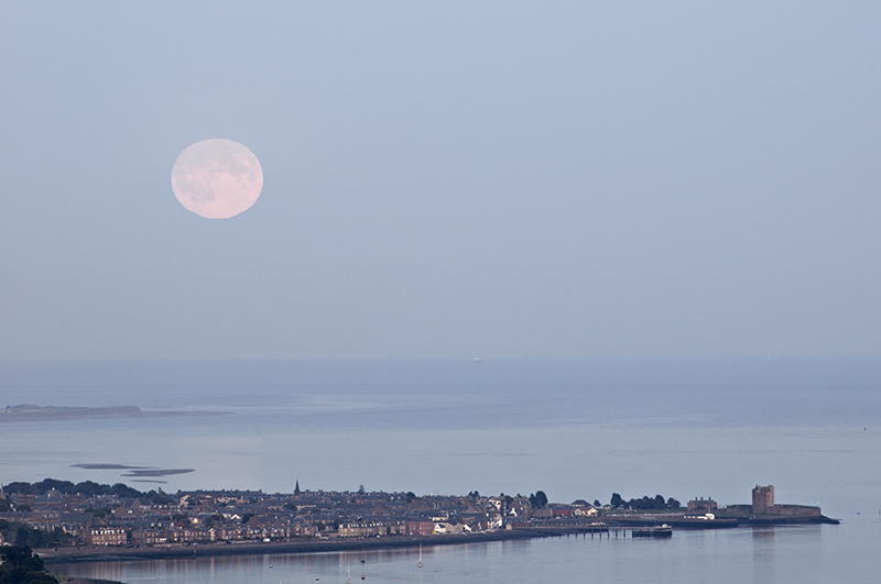 Broughty Ferry moonrise 0007