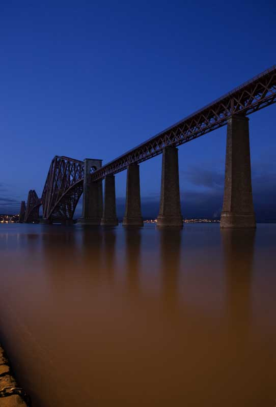 Forth bridge night0014