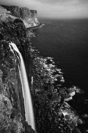 Kilt rock falls0007b&w