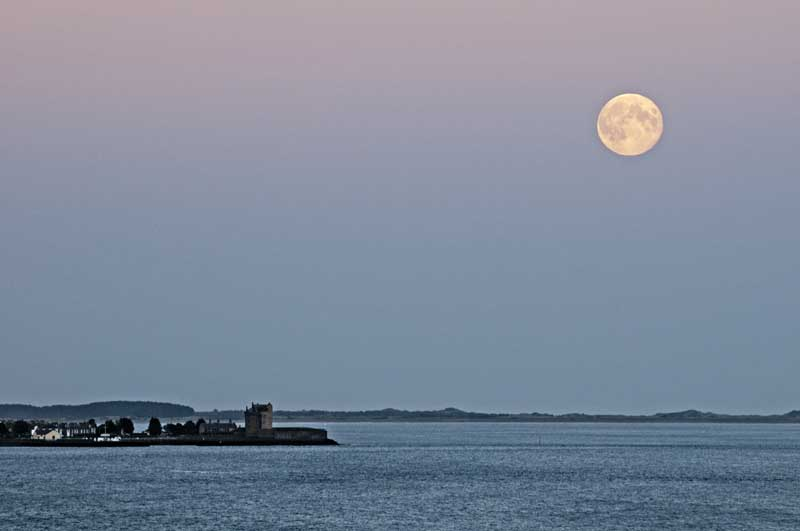 Moonrise on the Tay0015