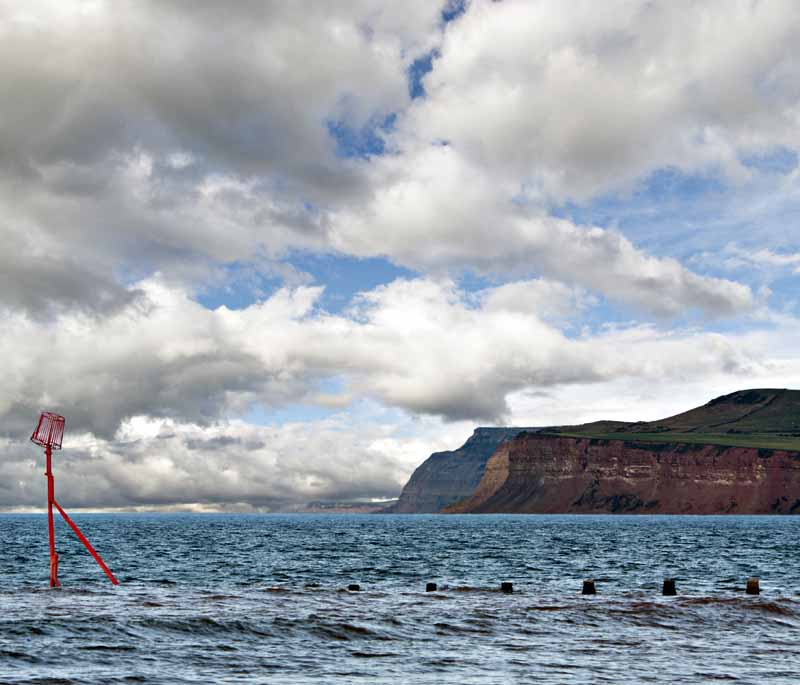 Groyne and cliffs005