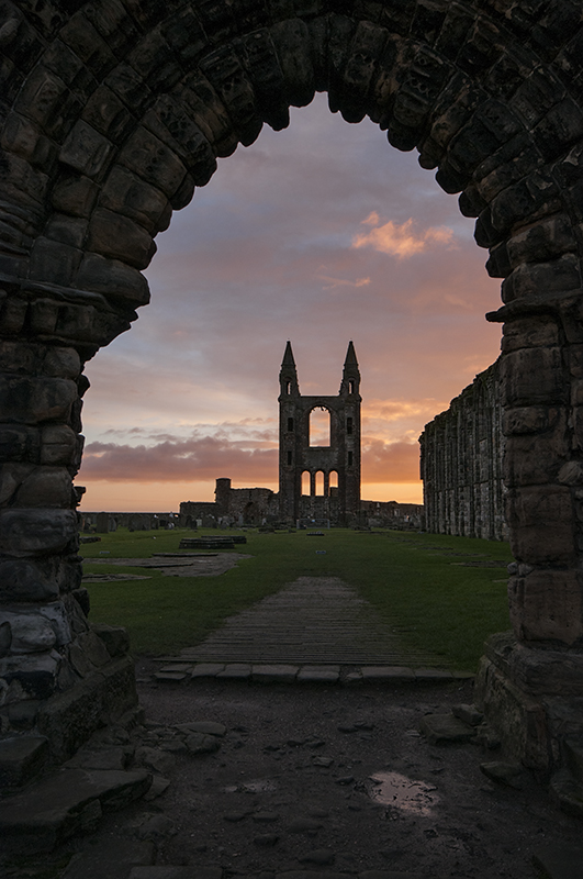 St Andrews cathedral sunrise0040