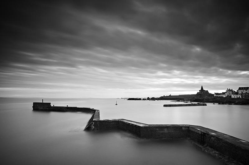 St Monans breakwater sunset0057b&w