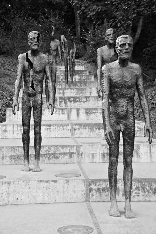 victims of communism0074b&w