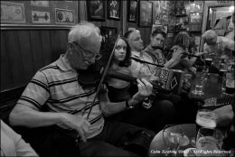 Trad Session in Blond's of Milltown-Malbay.