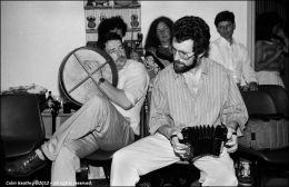 Jimmy Aughney (Bodhrán) & Noel Hill (Concertina)...
