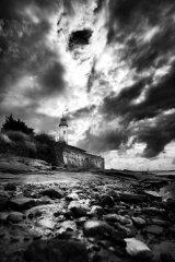 Hale lighthouse Rocks (b&W)