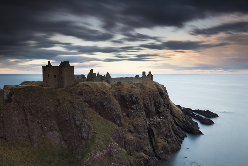 dunnottar castle sunset