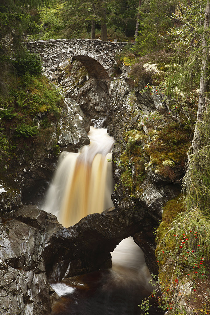 lower bridge, falls of bruar