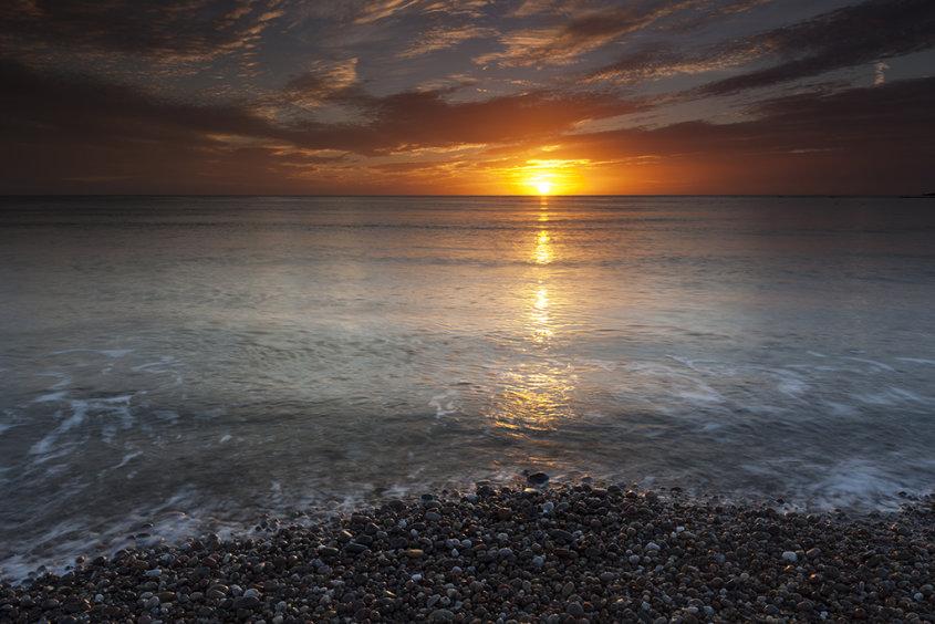 sunrise, stonehaven beach