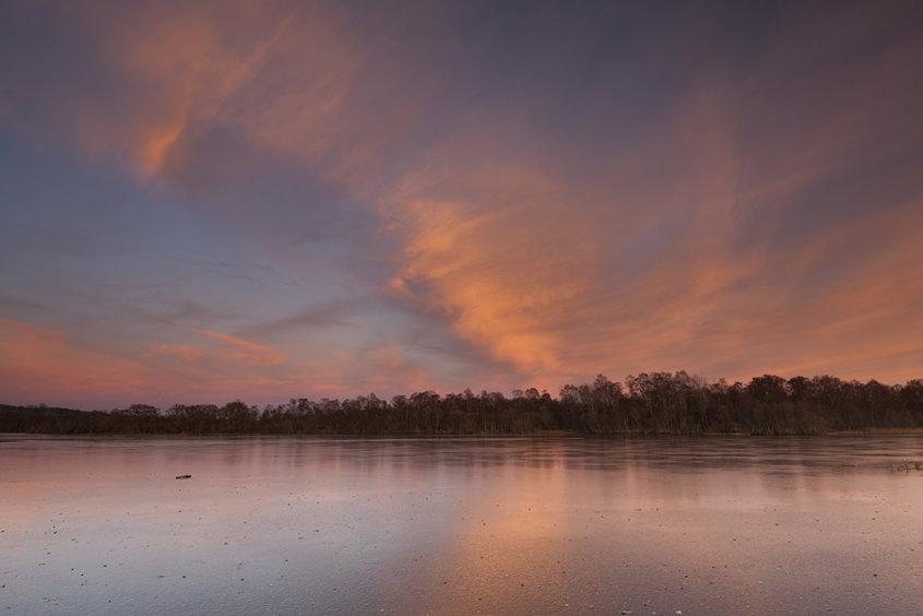 sunset glow, loch kinord