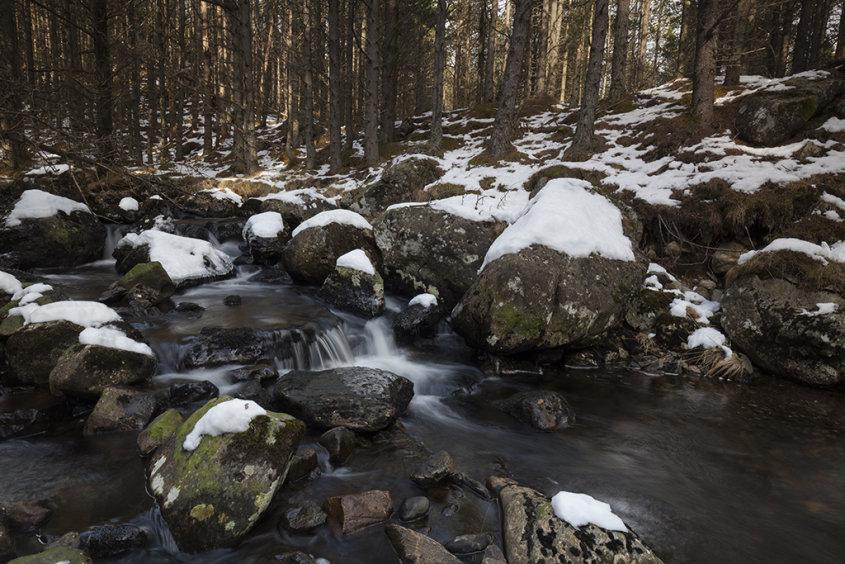 winter river, glen doll