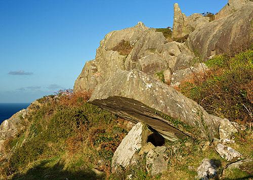 Carn Wnda  - Chambered Tomb
