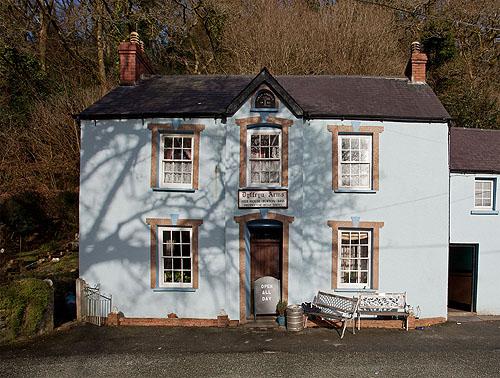 Dyrffryn Arms Public House