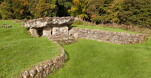 Tinkinswood - Chambered Long Cairn.