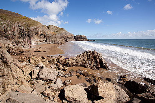 Lydstep Caverns Beach