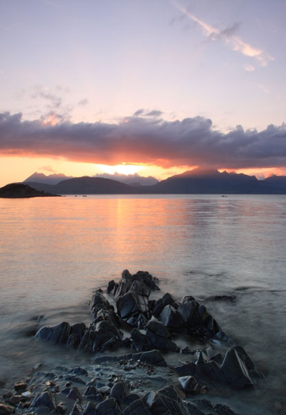 08-0687 The Cuillin Mountains at Sunset From Ob Gauscavaig Bay