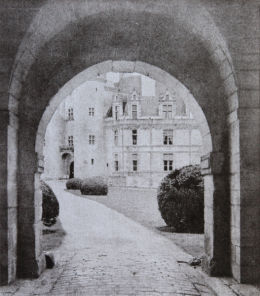 Rochefoucauld Chateau