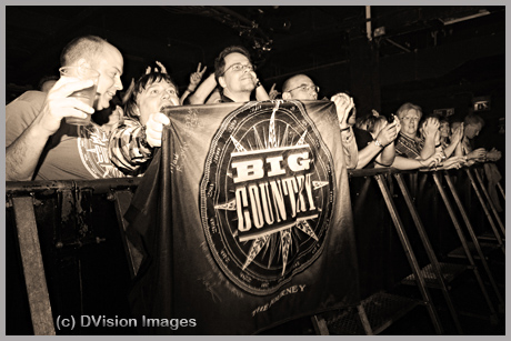 Big Country Crowd