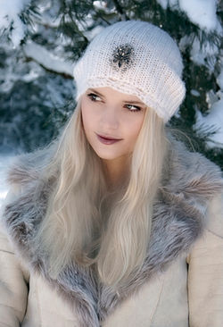 Kasia Winter Fashion Lok book shoot
