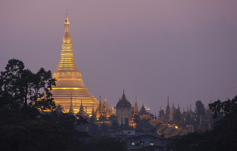 Shwedagon IMG 1003 E