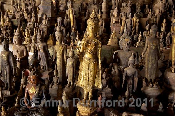 Pak Ou - 'Buddha caves'