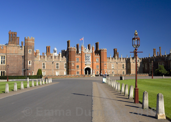 Approach to Hampton Court