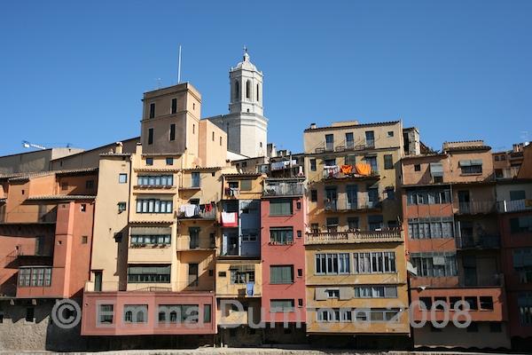 Girona tenements