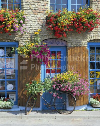 Colourful Boutique,France.