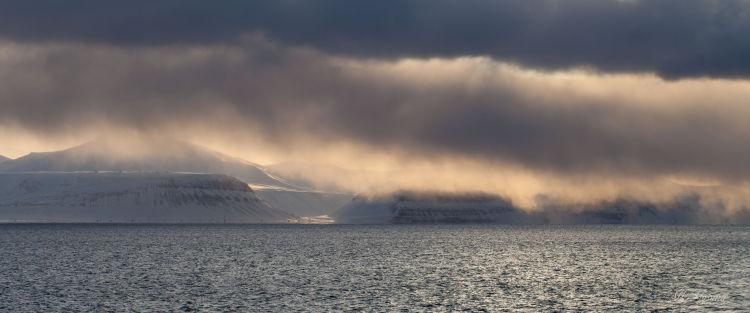 Platåberget, Bjørndalen, Fuglefjella.