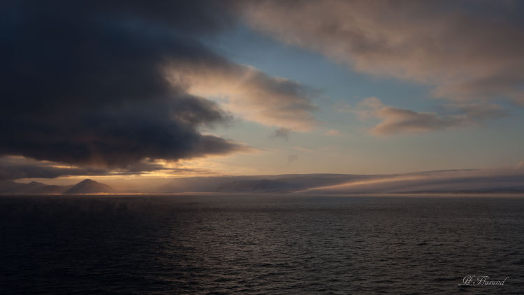 Valhallfonn og Lomfjorden