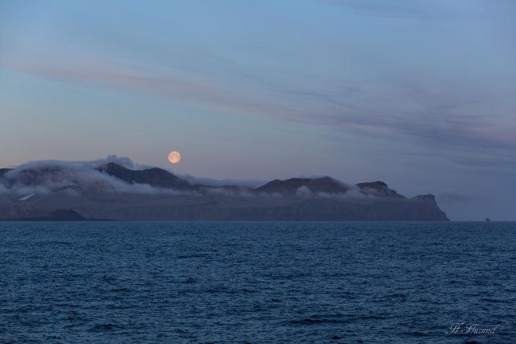Fullmåne over sørspissen