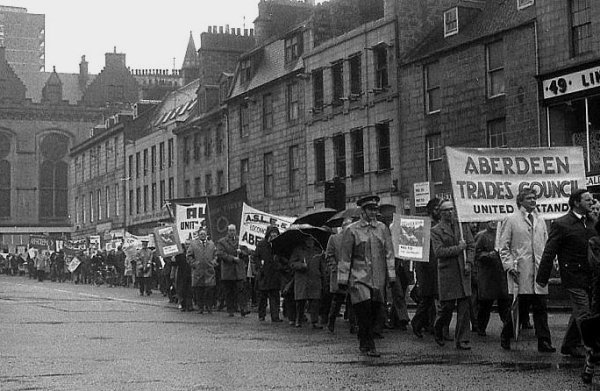 Aberdeen Trades Council march - 1975 Common Market referendum.