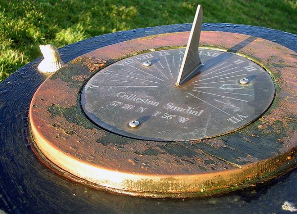Sundial, Braehead